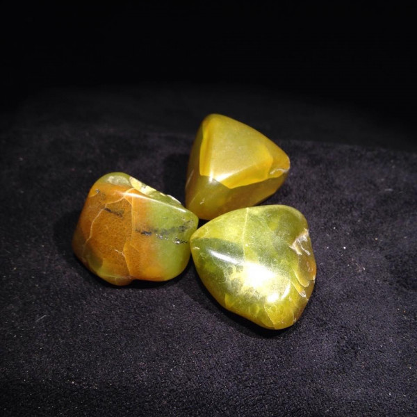 Pierres polies Opale Pistache