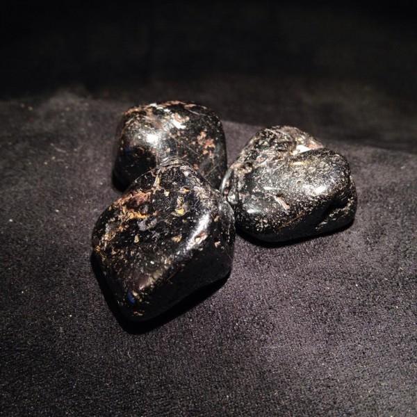 Pierres polies Magnétite